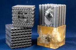 一種通過 3D 列印創建的超硬輕質聚合物材料